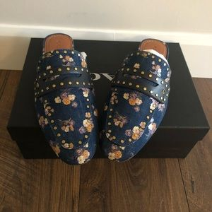 NEW Faye Loafer Slide With Painted Floral Print